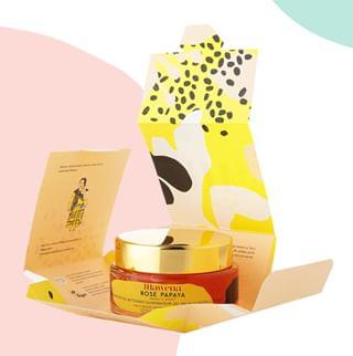 // MAWENA & CO // 🌸 . . 🇫🇷 Saviez-vous que chez @mawenaparis nous avons fait le choix d'écrire sur toutes les facettes du packaging secondaire afin d'éviter les notices superflues et les points de colle ? Eh oui, nos produits s'ouvrent comme des origamis 😉 . 👉 Rose Papaya vous fait de l'effet ? Rendez vous sur mawena.com (lien dans la bio) . . 🇬🇧 Did you know that at @mawenaparis we made the choice to write on all the facets of the secondary packaging, to avoid unnecessary leaflets and glue points? Yes, that means that our products open like origamis 😉 . 👉 Rose Papaya has a thing on you ? Go to mawena.com (link in bio) . . #mawena #veganbeauty #organicskincare #greenbeauty #cosmetiquenaturelle #naturalbeauty #vegancosmetics #pinkfeed #indiebrand #confidentbeauty #beautenaturelle #greenliving #ecobeauty #nontoxicbeauty #origami #beautéengagée #ethicalbeauty #ethicallymade