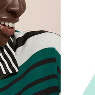 """// MISSION SOURIRE // 🌸 . . 🇫🇷 """"Life is short, smile while you still have teeth"""" ➡ """"La vie est courte, souris tant que tu as des dents"""" True story : cette quote est encadrée dans ma chambre, pour pouvoir me le rappeler tous les jours 🙃 . . 🇬🇧 """"Life is short, smile as long as you have teeth"""" True story: this quote is framed in my room, as an everyday reminder 🙃 . . #mawena #veganbeauty #organicskincare #greenbeauty #cosmetiquenaturelle #naturalbeauty #vegancosmetics #pinkfeed #indiebrand #confidentbeauty #beautenaturelle #greenliving #ecobeauty #nontoxicbeauty #beautéengagée #ethicalbeauty #ethicallymade #smile #quote #lifeisshort"""