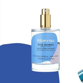 // MAWENA & CO // 🌸 . . 🇫🇷 Est-ce qu'il vous est déjà arriver d'avoir envie de vous hydrater la peau en toute discrétion ? Eh bien avec Rose Bamboo c'est possible 😉 Les acides hyaluronique et lactiques présents dans cette essence florale viennent hydrater et repulper la peau en toute subtilité ! . . . .👉 Envie d'en savoir plus sur Rose Bamboo ? Aller hop, rendez-vous sur mawena.com (lien dans la bio) . . 🇬🇧 Have you ever wanted to moisturize your skin with discretion? Well with Rose Bamboo it's possible 😉 The hyaluronic and lactic acids present in this floral essence moisturizes and plumps the skin in all subtlety! . 👉 Want to know more about Rose Bamboo? Hop, go to mawena.com (link in the bio) . . #mawena #veganbeauty #organicskincare #greenbeauty #cosmetiquenaturelle #naturalbeauty #vegancosmetics #pinkfeed #indiebrand #confidentbeauty #beautenaturelle #greenliving #ecobeauty #nontoxicbeauty