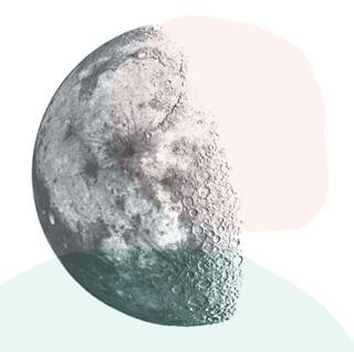 // GOOD VIBES // 💚💎 . . 🇫🇷 Demain, c'est la pleine lune ! 🌕 . C'est l'occasion rêvée de reprendre les bonnes habitudes et de purifier son esprit. Qu'avez vous prévu de faire à cette occasion ?  . . 🇬🇧  Tomorrow is the full moon! 🌕 This is the perfect opportunity to restart with good habits and purify your mind. What do you have planned on this occasion? . . 📸 by Kip Vidrine .  . . #mawena #healingcrystals #crystal #cristaux #lithotherapie #wellness #gemstones #positivevibes 